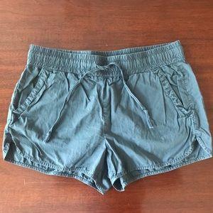 Lou & Grey shorts